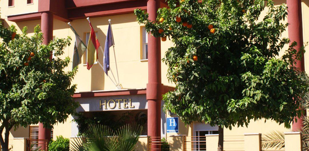 Alojamiento Cerca de Renfe en Córdoba - Hotel Maximiano Herculeo